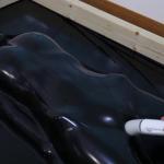 自作バキュームベッドの強力吸引で極限の呼吸制御プレイ